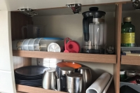 Sturdy, stackable kitchenware
